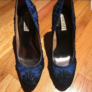 Bagley Mischka Blue Satin & Lace Pumps Size 9